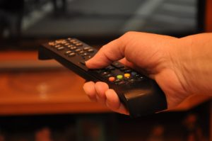 Popularne filmy i seriale w legalnych serwisach VOD